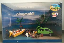 Playmobil 4144 - Familieauto met boottrailer // GROTE Display