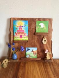 plataan houten kalender met cijfers