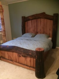 boomstam bed
