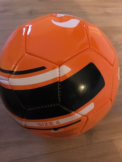 Voetbal oranje maat 5