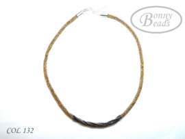 Collier COL 132