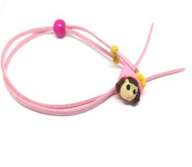 Roze skwairlie ketting voor kleine meisjes