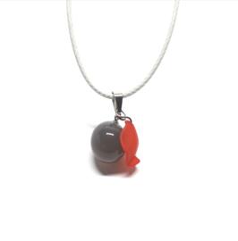Dames ketting  met grijze en rode hanger