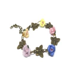 Lente armband - Versierd met kleurrijke bloemetjes