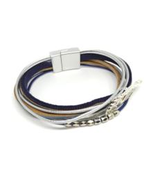 Blauwe en zilverkleurige armband in laagjes
