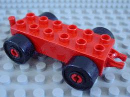 Duplo auto/trein aanhanger 2x6 rood zwarte wielen