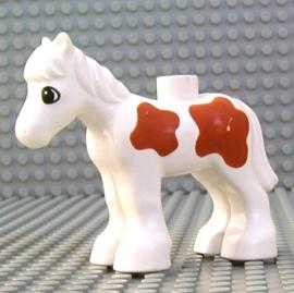 Duplo paard  veulen wit met bruine stippen