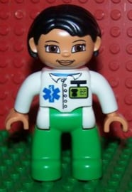 Duplo ziekenhuis poppetje hulpdiensten dokter Vrouw