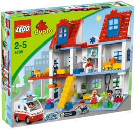 Lego Duplo groot ziekenhuis 5795 met doos