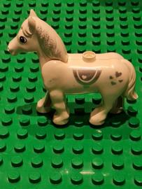 Duplo paard wit met hartjes en glitters