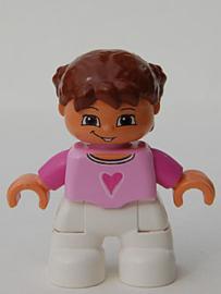 Duplo poppetje meisje, kind,  witte broek, roze shirtje met hart, bruin haar