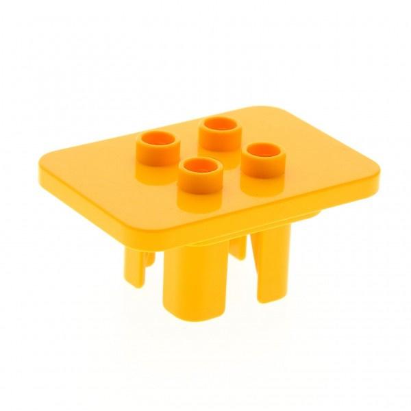 Tafel licht oranje vierkant