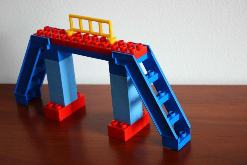 Lego Duplo trein oversteekplaats