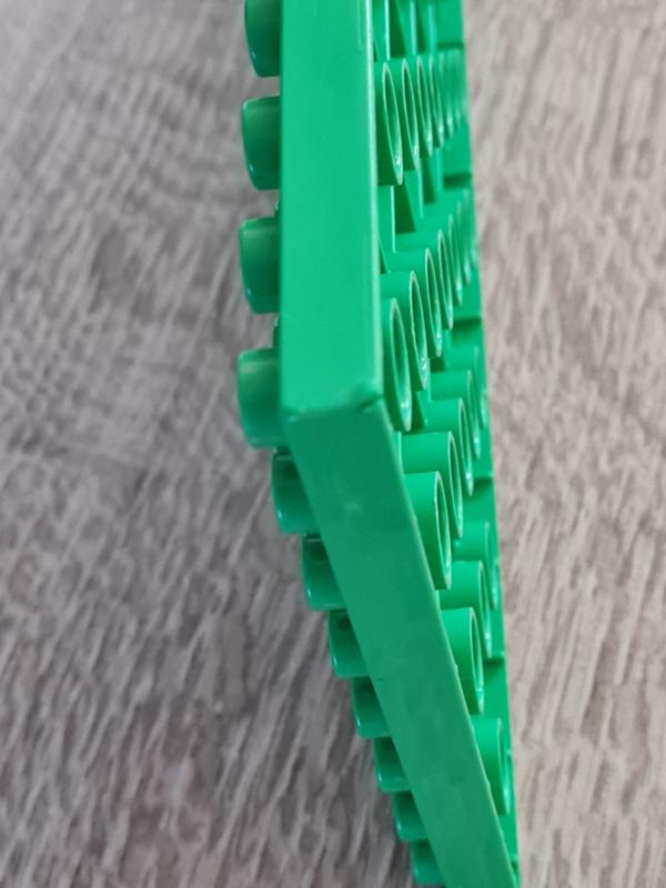 Duplo bouwplaat 8x16 licht groen beschadigd B-keuze