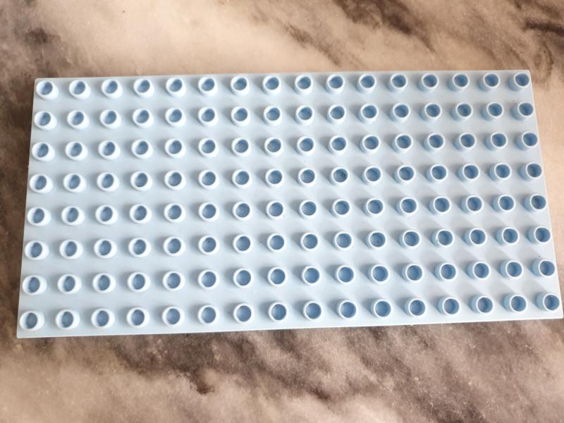 Duplo bouwplaat 8x16 licht blauw B-keuze