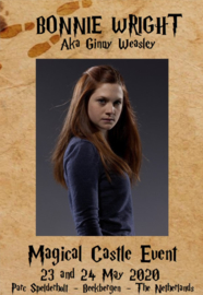 Service: Bonnie Wright - Photo with signature