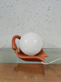Zwaan met bol lamp opaal