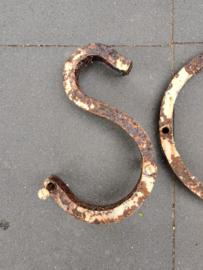 Smeedijzeren school letters 140 x 27 cm