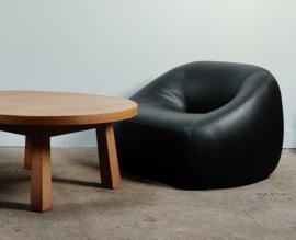 Artifort fauteuil in zwart leer