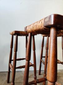 Vintage set/4 eiken barkrukken
