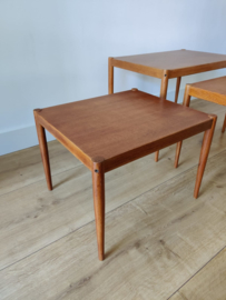 Vintage nesting tafel set