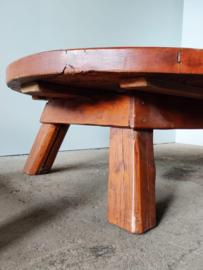 Vintage brutalist pine salontafel