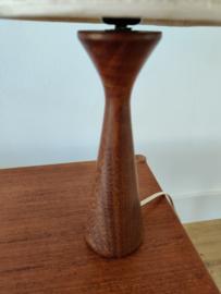 Vintage houten tafellampje met kap