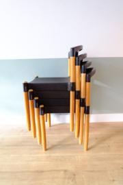 Vintage stoelen, kunststof met hout