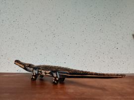 Houtsnij werk krokodil