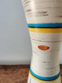Vintage vaas grafisch en gemerkt