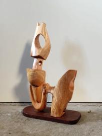 Handgemaakt houten kunstobject 55cm hoog