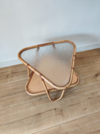 Rotan tafel met glazen blad