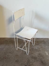 Metalen vintage stoel