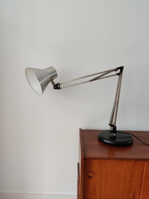Vintage bureaulamp op zware voet