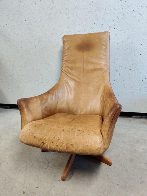 Verwonderlijk Oude leren fauteuil | Stoelen en banken | Studio Gespuis OD-63