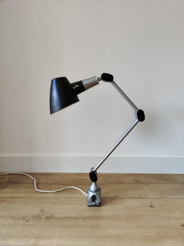Industriele engelse wandlamp