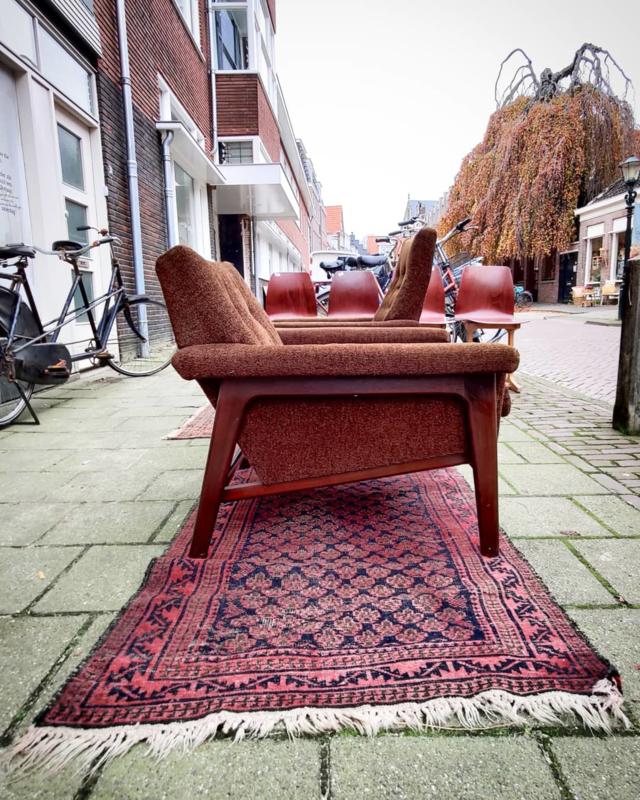 Vintage fauteuils bruin met teak frame