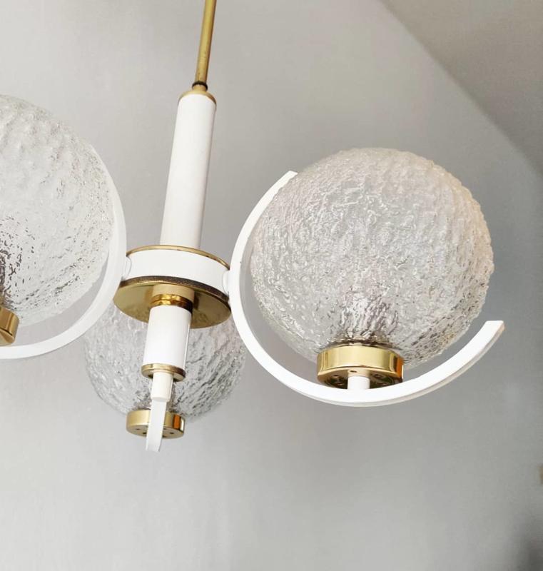 Vintage hanglamp wit, goud en glas