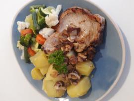 Snelle maaltijdkeus 1 Gekookte aardappels, Groentemix & Karbonade