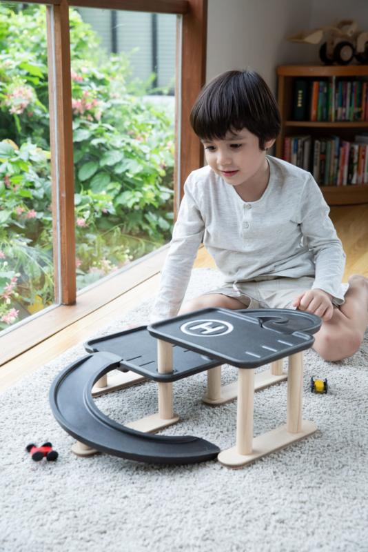 Race'n'Play Parking Garage - Plan Toys