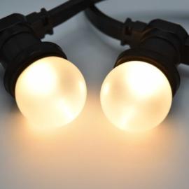 Prikkabel met warm witte led lampen - matte kap