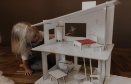 Dollhouse- White-Modern