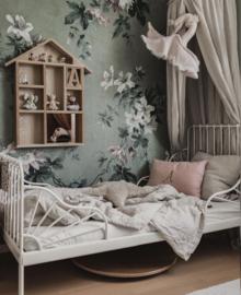 Swan, Linen & Lace- Delicate Powder