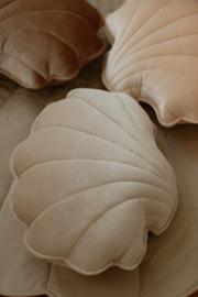 Velvet sierkussen schelp, 'Creme Pearl' -MoiMili