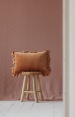 Velvet sierkussen met frills 'Caramel' -MoiMili