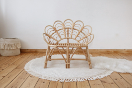 Rotan Pauwen chair/bench