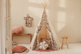 Tipi Tent 'Bee Sweet'