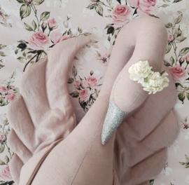 Powder Pink Swan