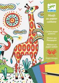 Djeco -  Motieven op carbonpapier - Wandeling in de natuur