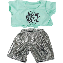 KNOTTED T-SHIRT AND LEGGINGS OUTFIT